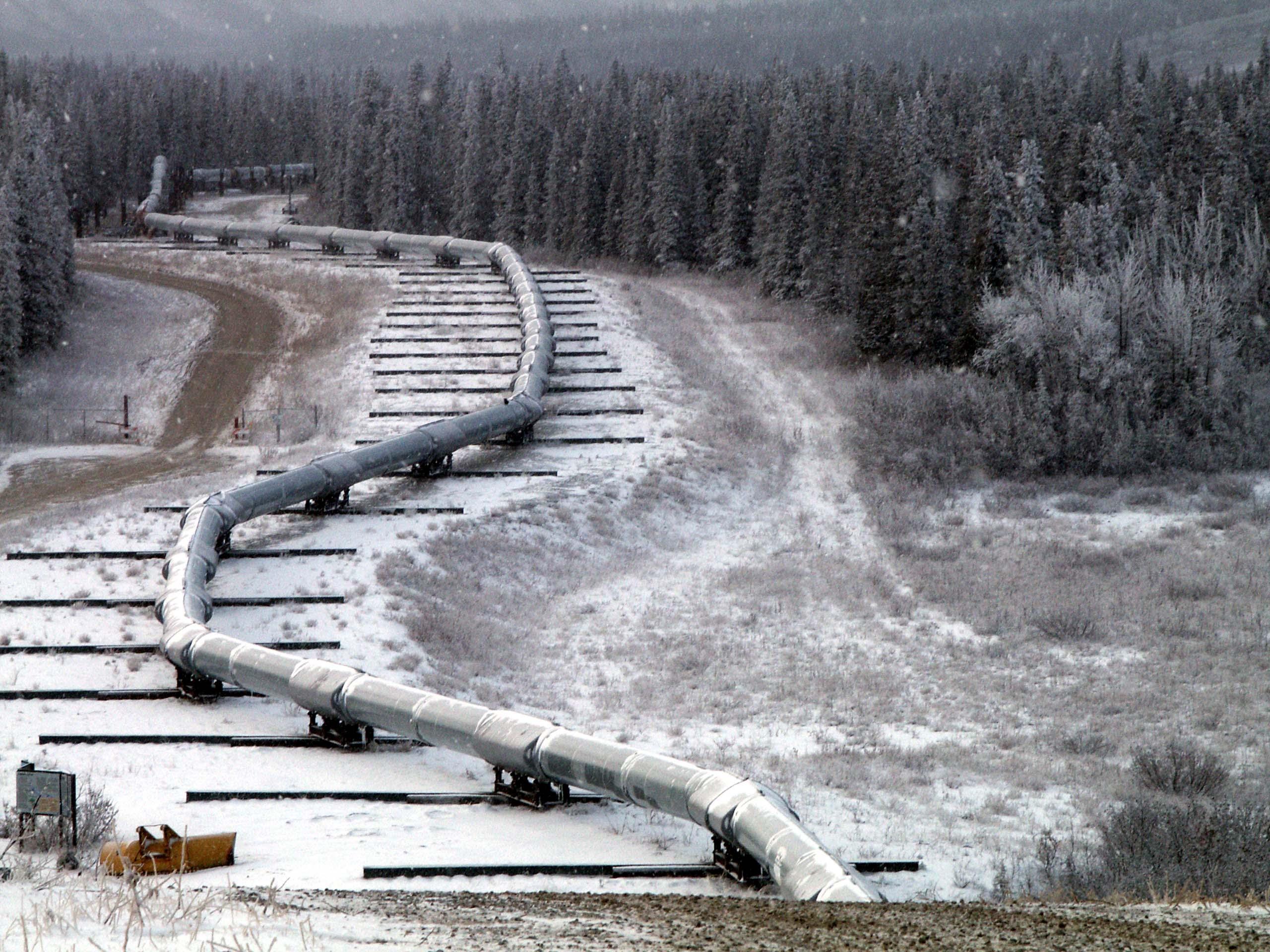 استفاده هات تپ در خطوط انتقال: هات تپ هات تپ در کجاها کاربرد دارد؟ Trans Alaska Pipeline Denali fault shift